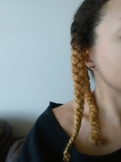 blonde_braid_QFTPC